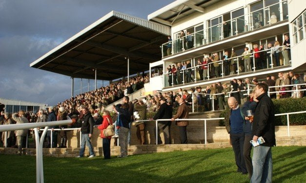 Wincanton to host the first ever Sidesaddle Charity Flat Race