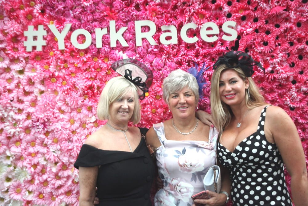 What to Wear to York Racecourse, What to Wear to York, York Racecourse, York Races, York Ebor