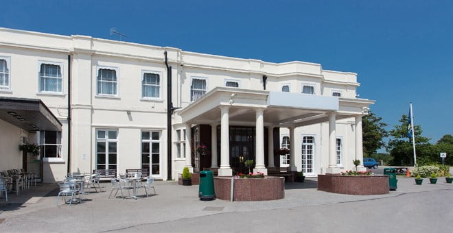 Russ Hill Hotel Gatwick 1